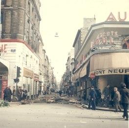 908px-1968-05_Évènements_de_mai_à_Bordeaux_-_Rue_Sainte-Catherine